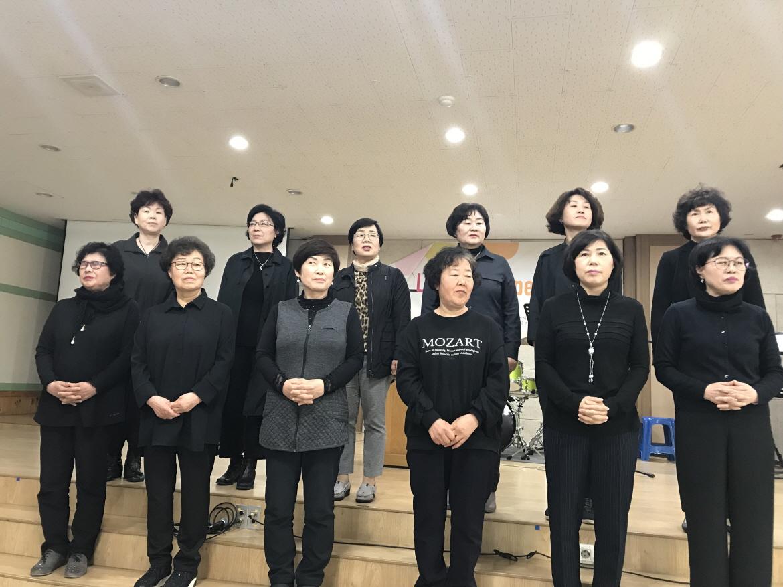 크기변환_03-공동체별권사찬양대회.jpg